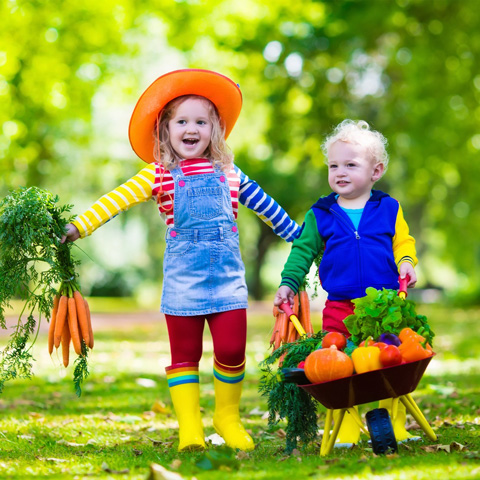 kids-carrying-veggies-on-farm-thumbnail